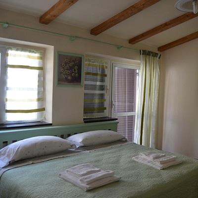 Catainin for Due piani di camera da letto matrimoniale
